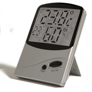 In-Outdoor Hygro-Thermometer J